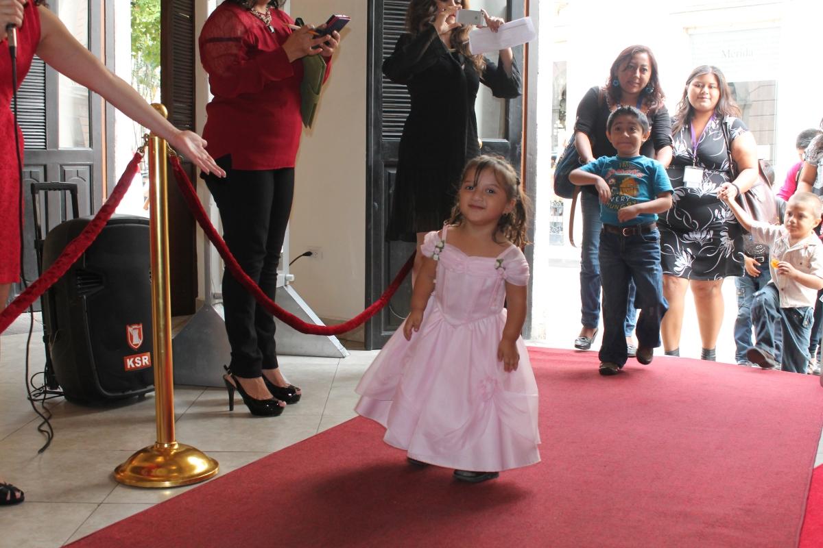 Comienza programación infantil en el FICMY con alfombra ...
